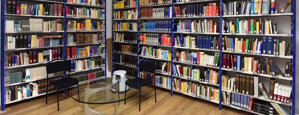 Gesellschaft für deutsche Sprache Wiesbaden: Bibliothek